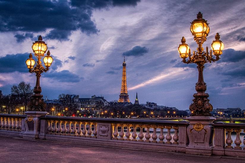 PARÍS, Del 24 Al 27 De Març