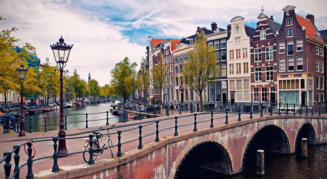 AMSTERDAM, De L'11 Al 16 De Febrer