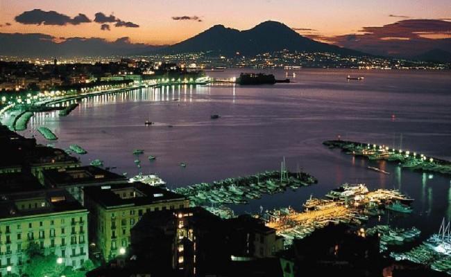 Nápoles, Del 13 Al 17 De Mayo