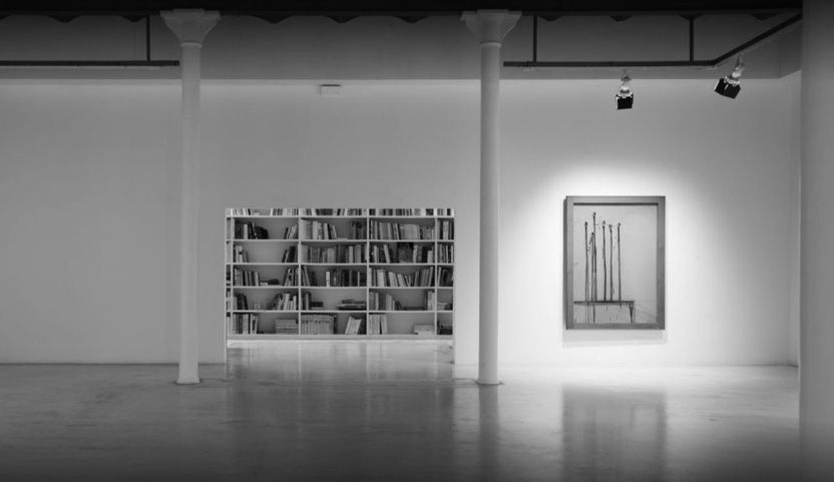 Comentari Virtual A L'exposició Del Fotògraf Chema Madoz, A La Galeria Joan Prats